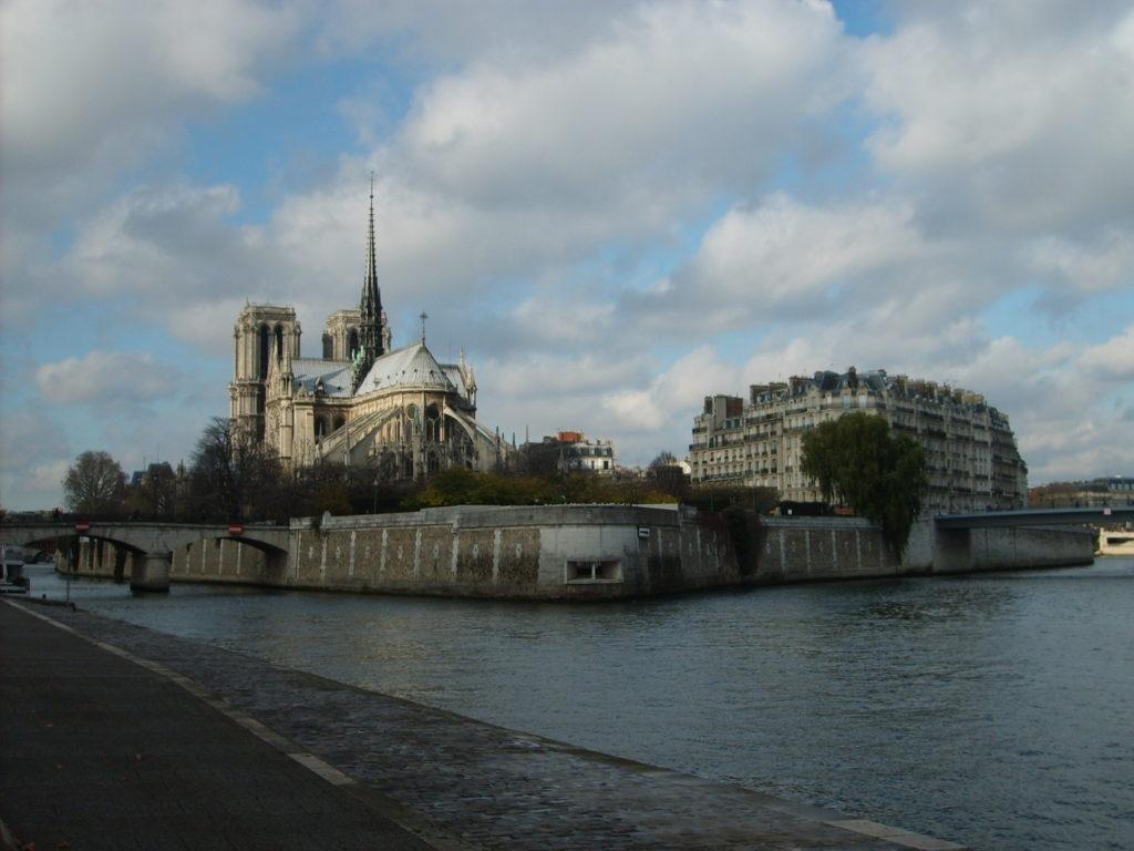 Loi Alur  : loyers parisiens et nouveaux contrats