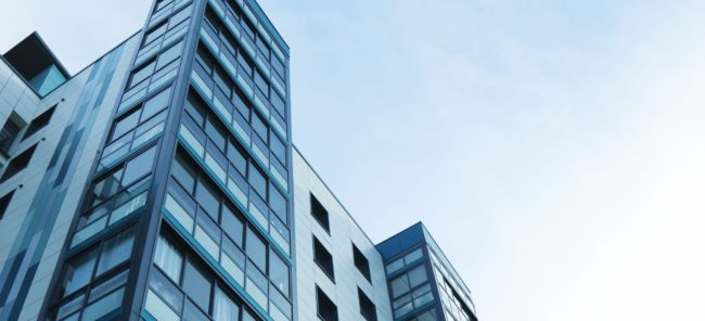 Achat des titres d'une société civile immobilière ou achat d'un immeuble directement : les avantages de la SCI