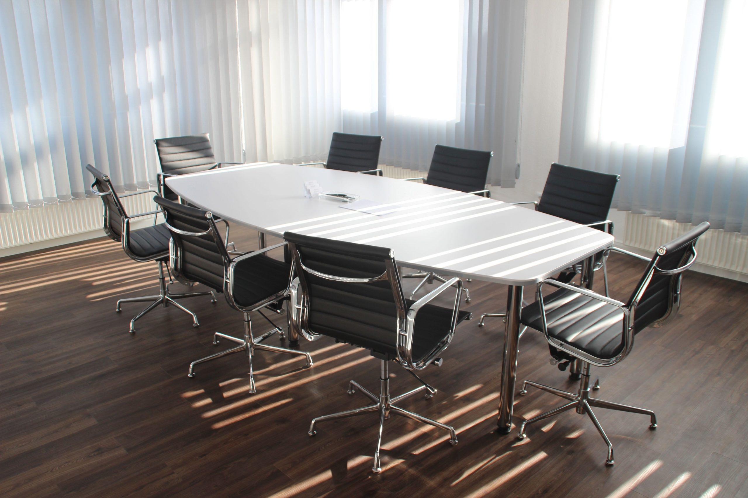 Holding et détention immobilière d'entreprise : quels avantages ?